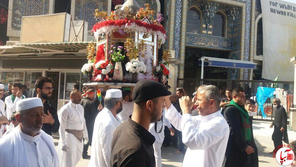 عزاداری عاشقان امام حسین(ع) در کربلا + تصویر