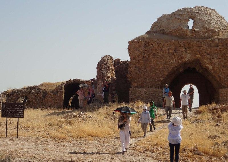 آبپا-چهارطاقی-1 پایتخت چهارطاقیهای ایران میزبان باستان شناسان اسپانیایی