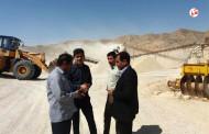 فوتونیوز : بعد از ۱۶ ماه ، سنگ شکن مرتبط با جاده فراشبند فیروزآباد مجددا شروع بکار کرد