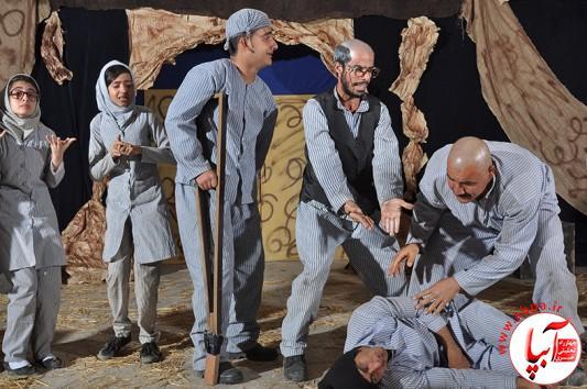 آراء هیات داوران بیست و ششمین جشنواره تئاتر منطقه ۳ کشور ؛ طراحی لباس و مقام سوم بازیگری مرد برای نمایش گرمو