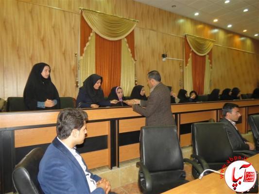 IMG_3752-Medium-e1417197844433 تجلیل از برگزارکنندگان جشن قصب و خرما در فرمانداری فراشبند