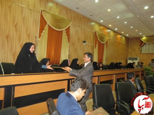 IMG_3753-Medium-e1417197829907 تجلیل از برگزارکنندگان جشن قصب و خرما در فرمانداری فراشبند