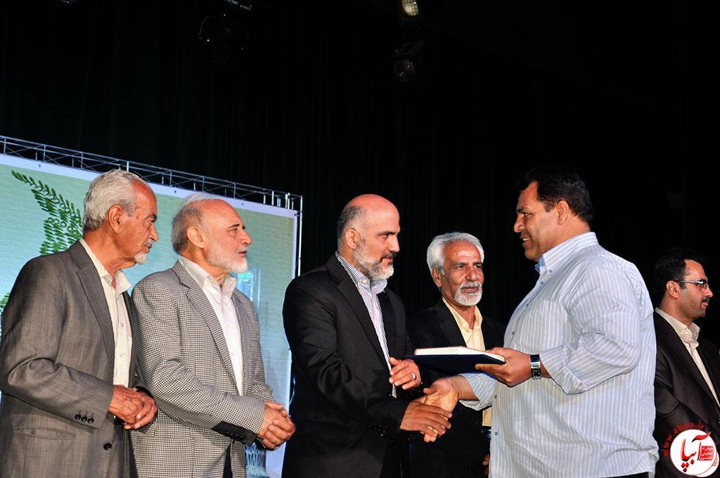 تجلیل از محمود رحمانی در اردیبهشت تئاتر فارس