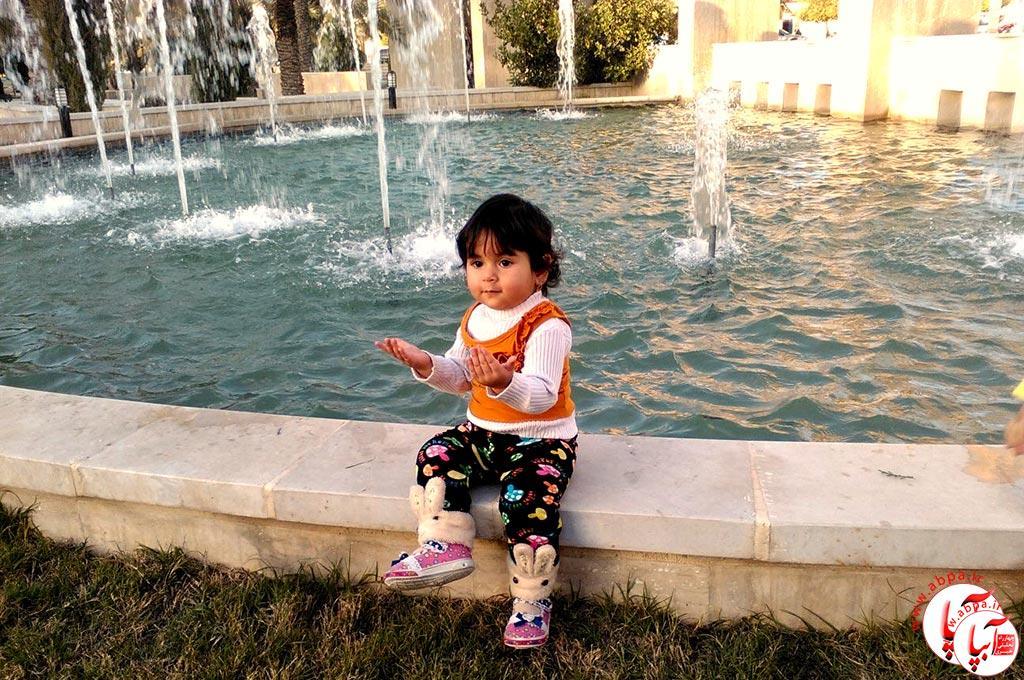 یاسمن نجفی - گالری عکس کودک : این گلهای بهشتی ...