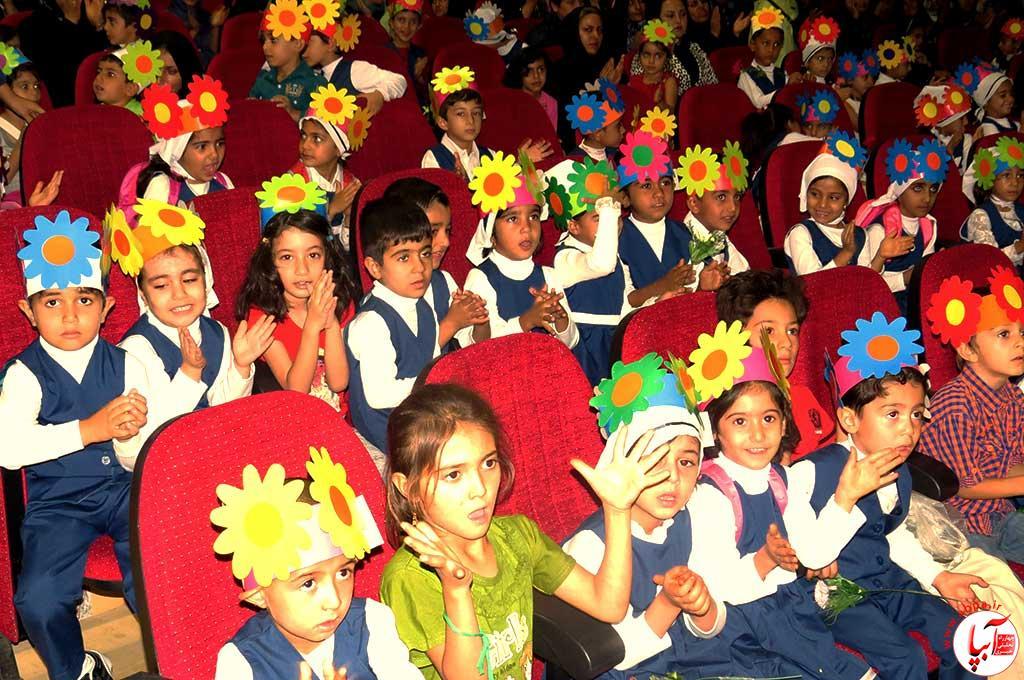 روز-جهانی به مناسبت روز جهانی کودک : گالری عکس گلها