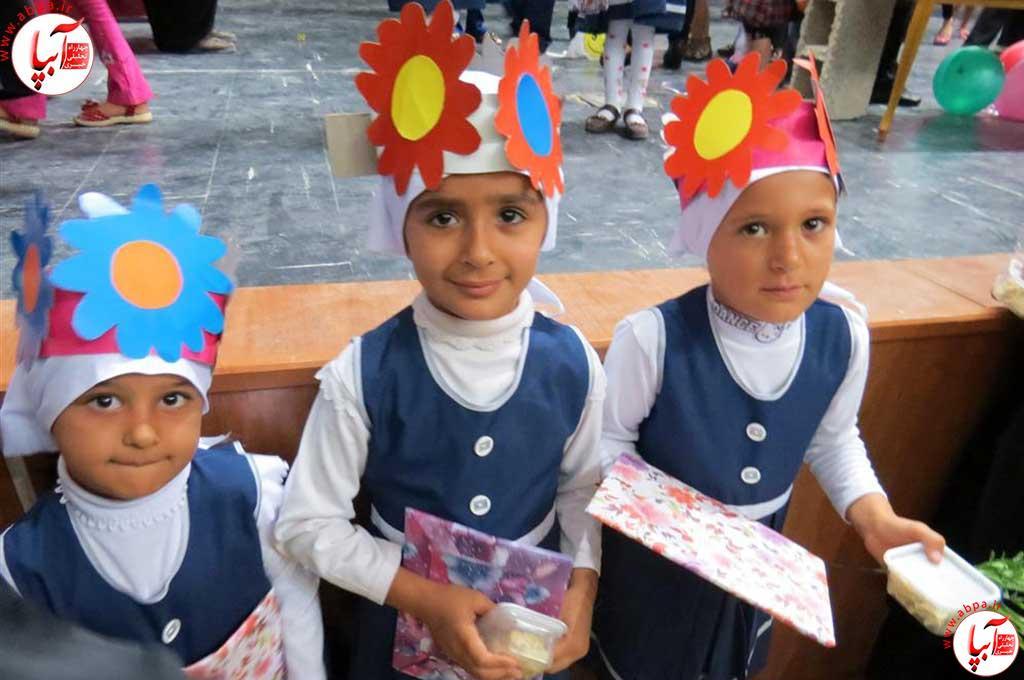 گالری-عکس-کودک-آبپا-10 به مناسبت روز جهانی کودک : گالری عکس گلها
