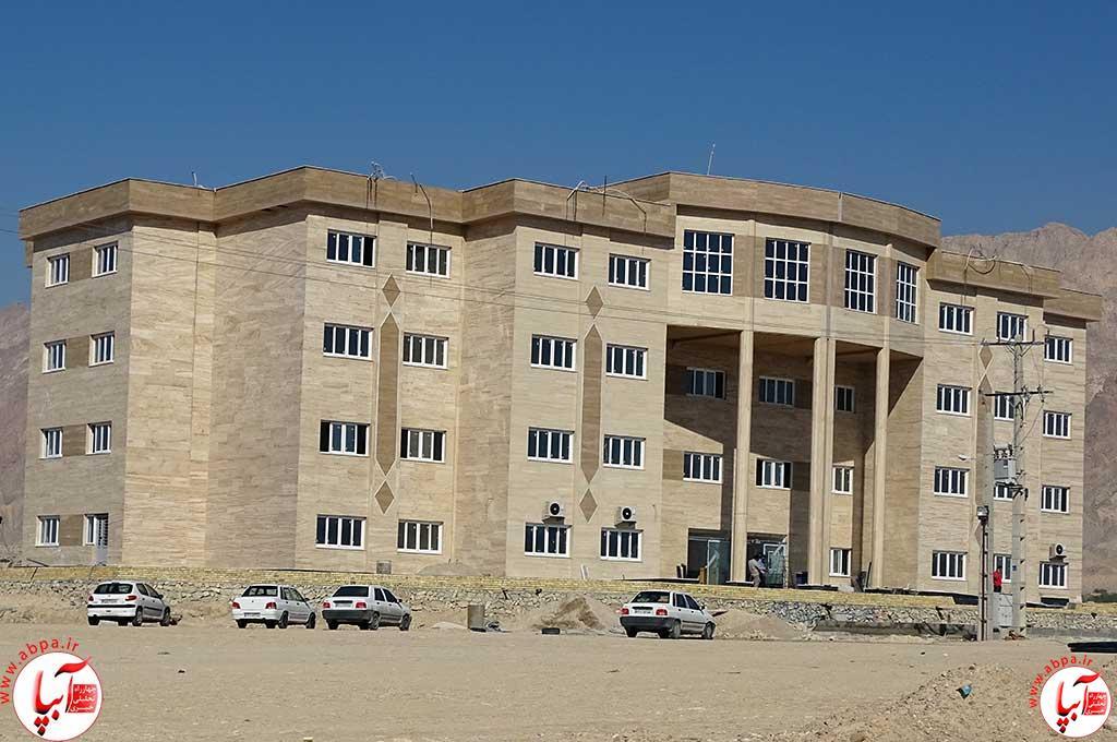 پروژه ساختمانی 6400 متر مربع در چهار طبقه ی دانشگاه آزاد اسلامی اهرم