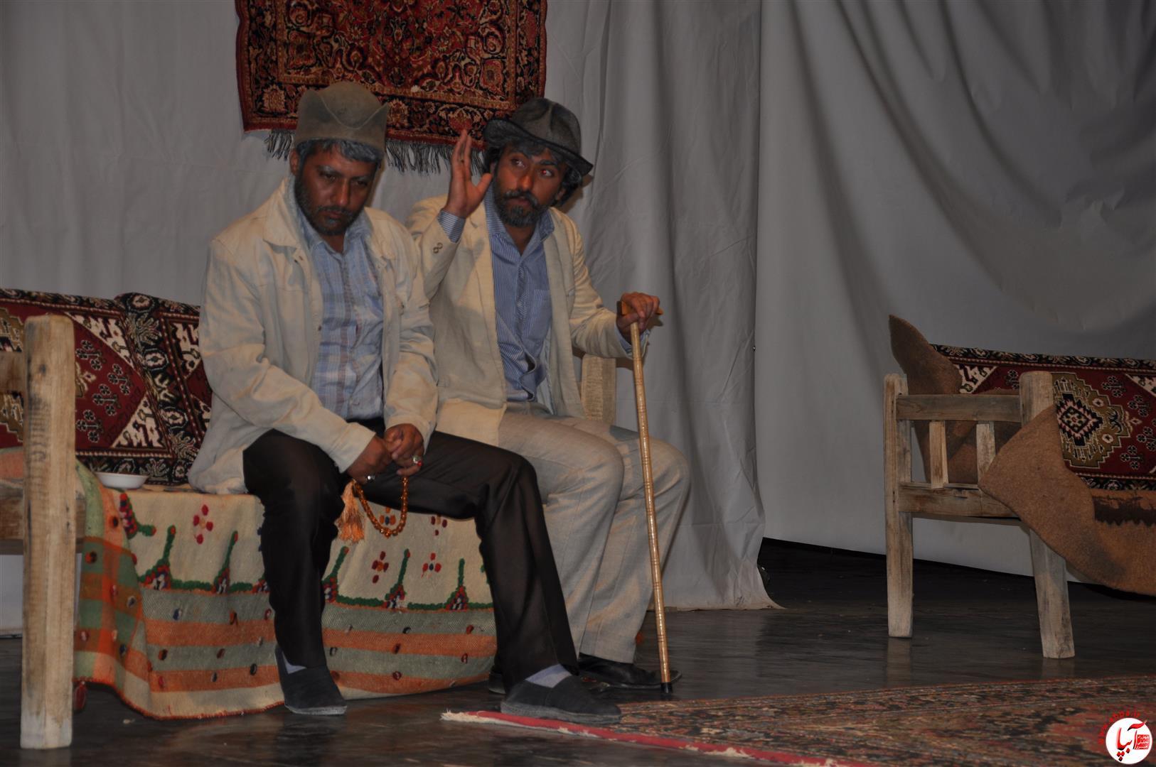 تئاتر داماد فراری / کارگردان مهدی خنجری