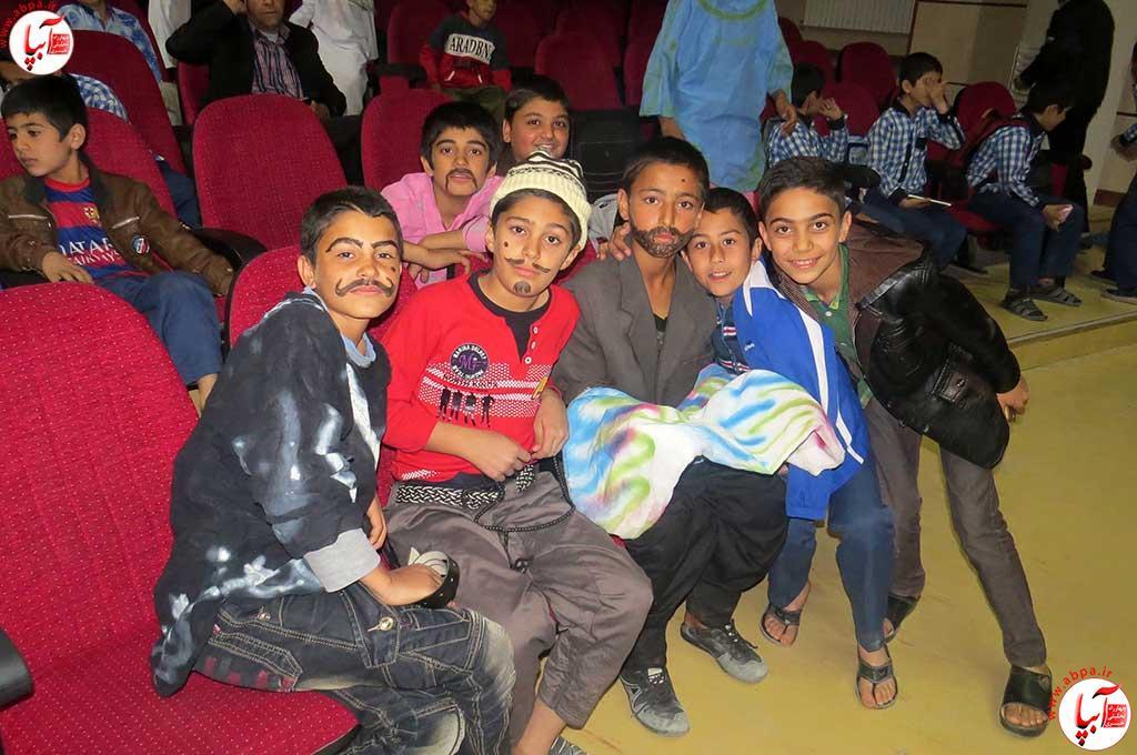 تئاتر-دانش-آموزی-فراشبند-12 گزارش تصویری از جشنواره سرود و تئاتر دانش آموزی شهرستان فراشبند