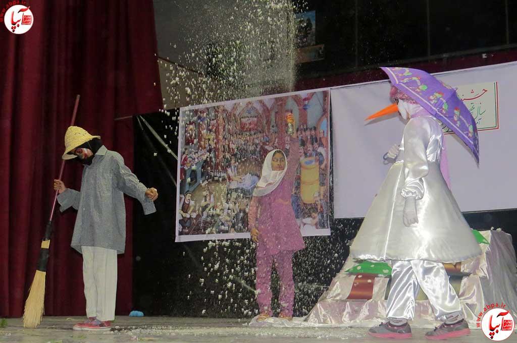 تئاتر-دانش-آموزی-فراشبند-16 گزارش تصویری از جشنواره سرود و تئاتر دانش آموزی شهرستان فراشبند