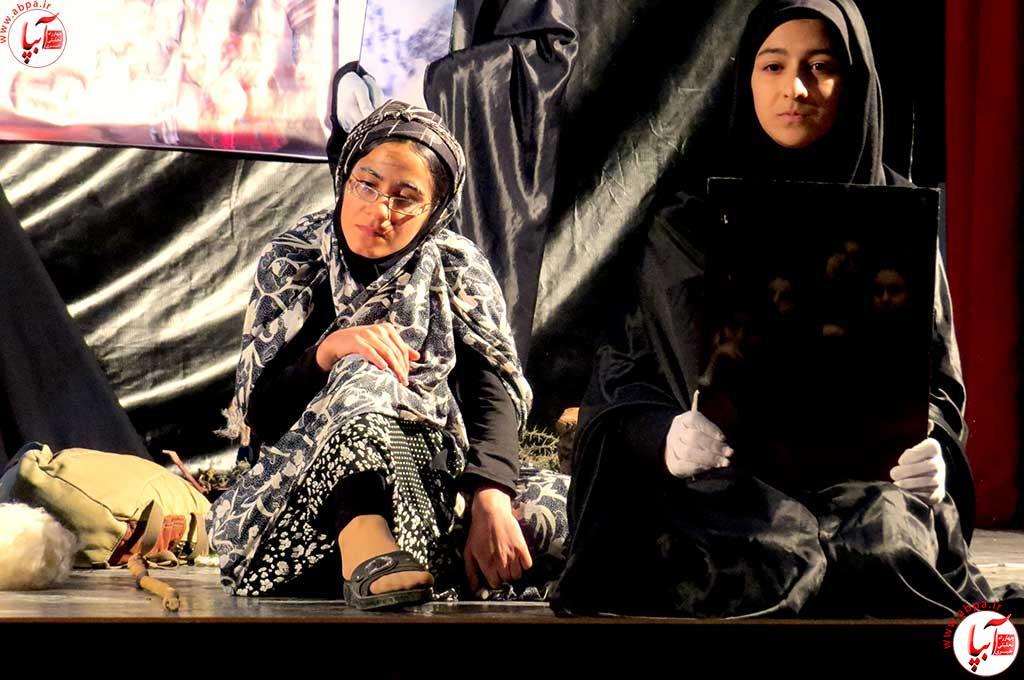 تئاتر-دانش-آموزی-فراشبند-18 گزارش تصویری از جشنواره سرود و تئاتر دانش آموزی شهرستان فراشبند