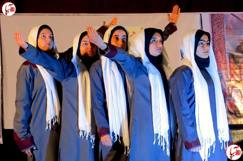 تئاتر-دانش-آموزی-فراشبند-21 گزارش تصویری از جشنواره سرود و تئاتر دانش آموزی شهرستان فراشبند