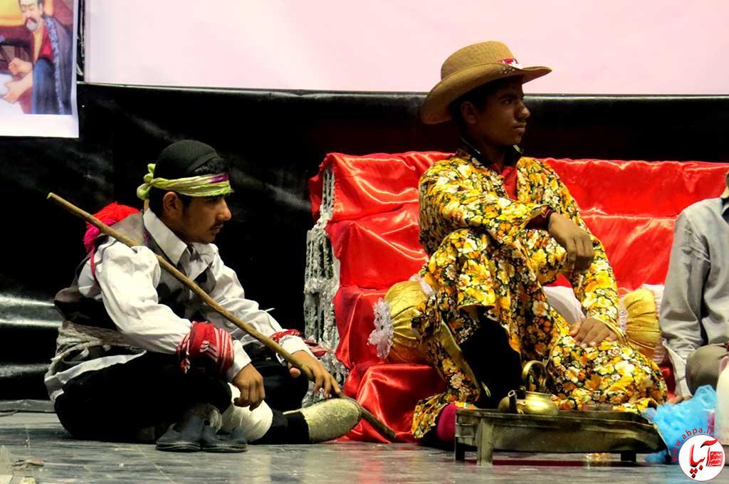تئاتر-دانش-آموزی-فراشبند-23 گزارش تصویری از جشنواره سرود و تئاتر دانش آموزی شهرستان فراشبند