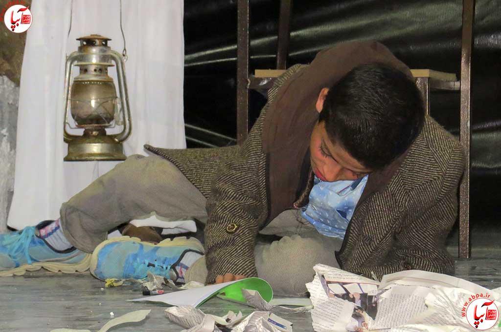 تئاتر-دانش-آموزی-فراشبند-3 گزارش تصویری از جشنواره سرود و تئاتر دانش آموزی شهرستان فراشبند