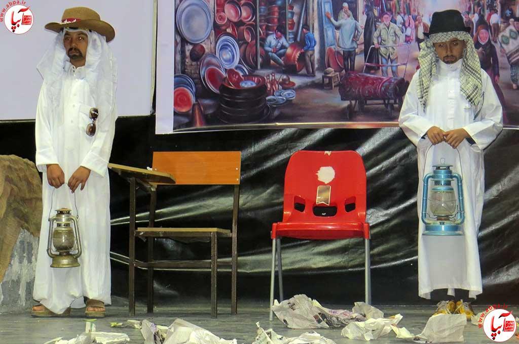 تئاتر-دانش-آموزی-فراشبند-6 گزارش تصویری از جشنواره سرود و تئاتر دانش آموزی شهرستان فراشبند