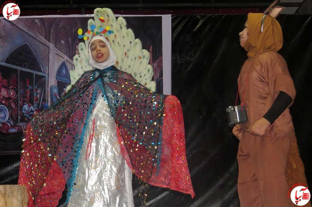 تئاتر-دانش-آموزی-فراشبند-9 گزارش تصویری از جشنواره سرود و تئاتر دانش آموزی شهرستان فراشبند