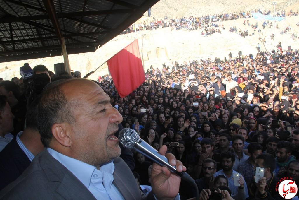 کورش-کرم-پور-12 تجمع با شکوه هواداران کورش کرم پور به شکرانه پیروزی
