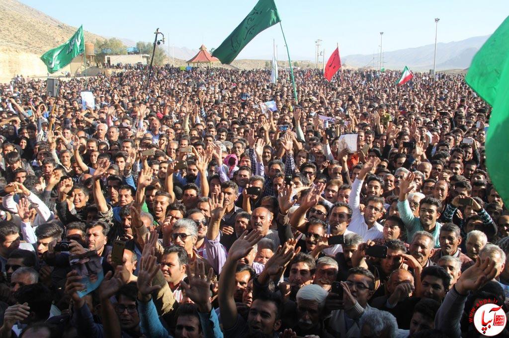 تجمع با شکوه هواداران کورش کرم پور به شکرانه پیروزی