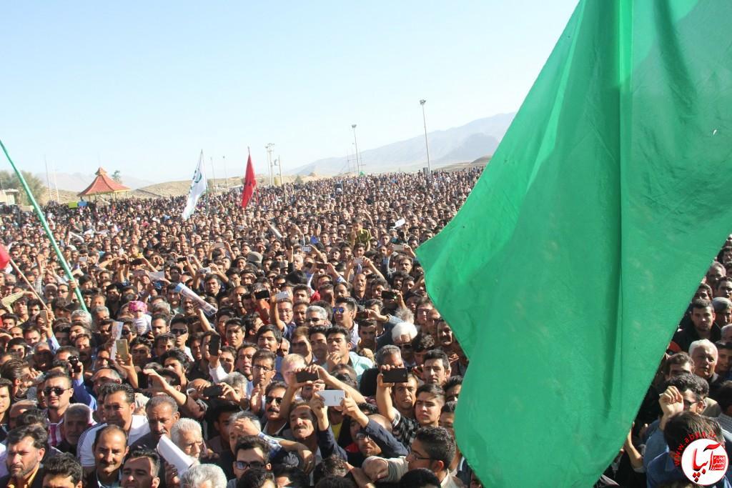 کورش-کرم-پور-5 تجمع با شکوه هواداران کورش کرم پور به شکرانه پیروزی