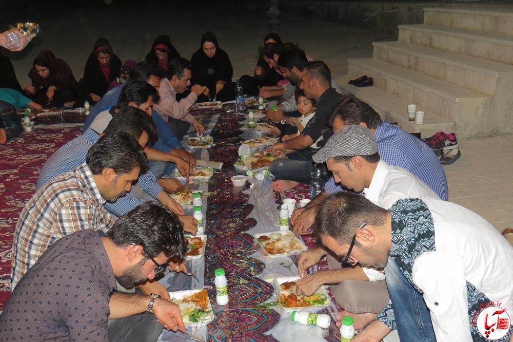 IMG_9405 ضیافت افطار به رنگ فرهنگ و هنر