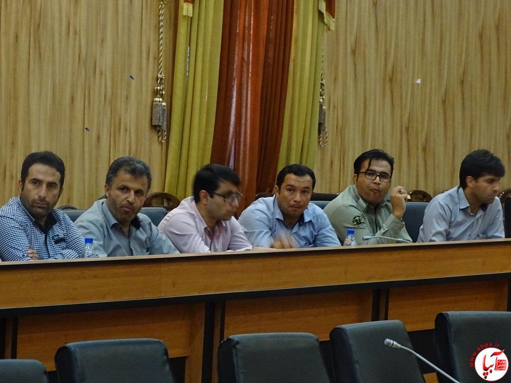 پورزارعی : روابط عمومی ها وظیفه دارند عملکرد دولت را به مردم گزارش دهند