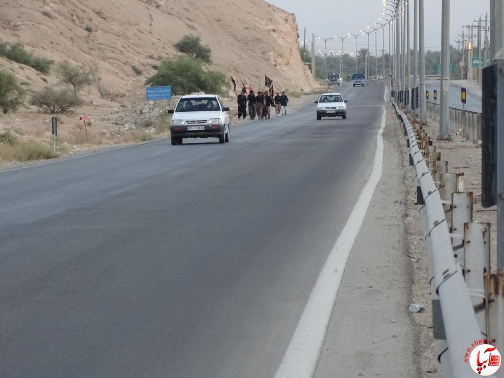 آبپا-24-1 عبور زائرین پیاده امام حسین از فراشبند / تصویر