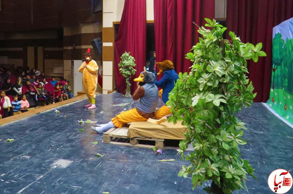 تئاتر-گرگم-و-گله-می-برم-10 گزارش تصویری استقبال تماشاگران از نمایش گرگم و گله می برم
