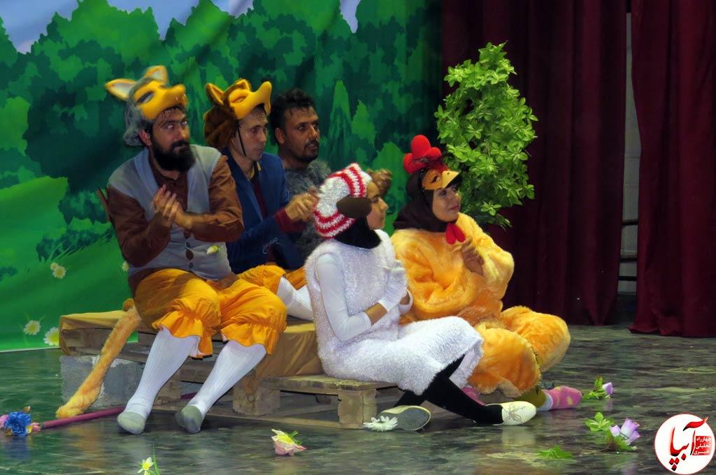 تئاتر-گرگم-و-گله-می-برم-12 گزارش تصویری استقبال تماشاگران از نمایش گرگم و گله می برم