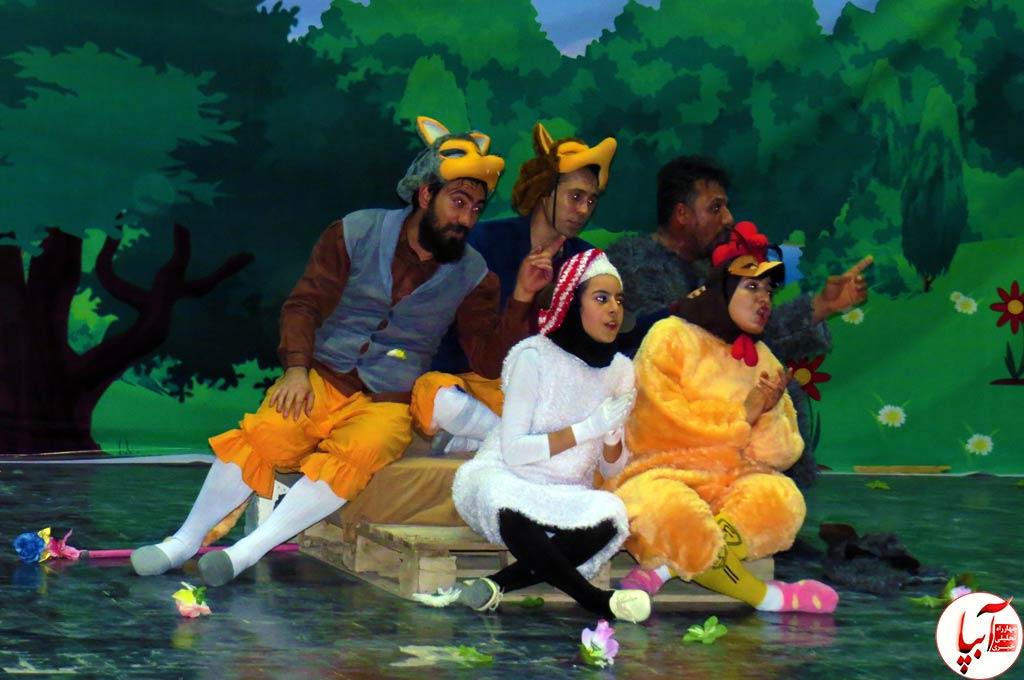 تئاتر-گرگم-و-گله-می-برم-13 گزارش تصویری استقبال تماشاگران از نمایش گرگم و گله می برم