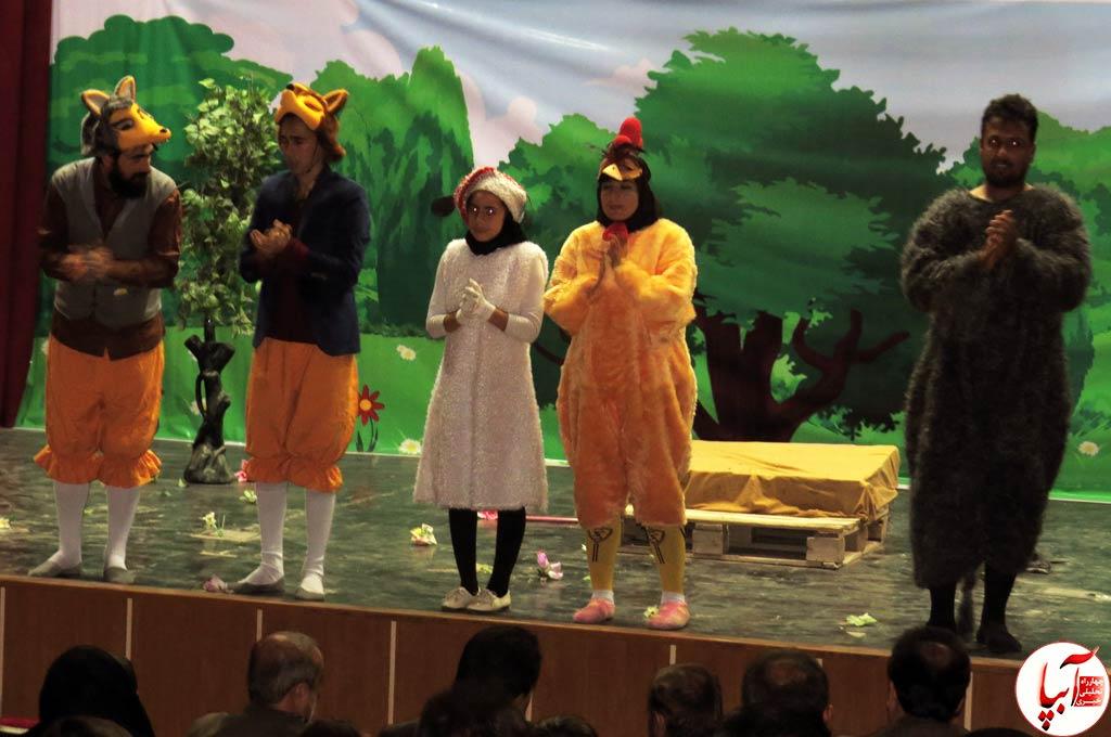تئاتر-گرگم-و-گله-می-برم-14 گزارش تصویری استقبال تماشاگران از نمایش گرگم و گله می برم