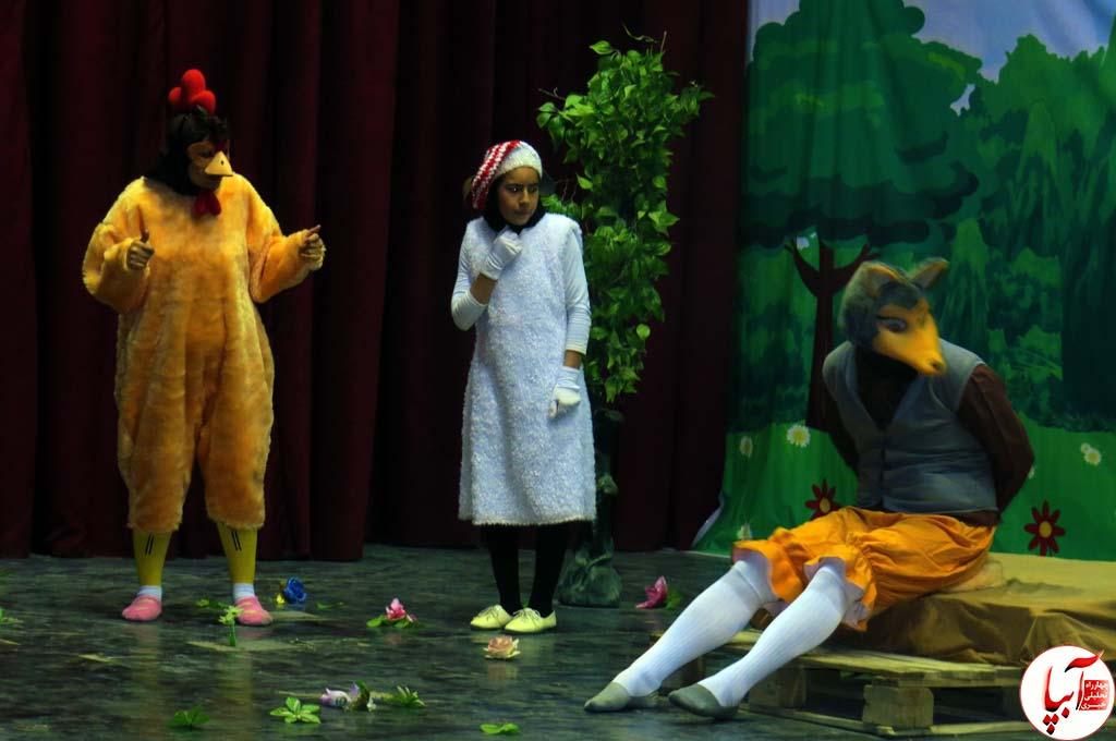 تئاتر-گرگم-و-گله-می-برم-5 گزارش تصویری استقبال تماشاگران از نمایش گرگم و گله می برم