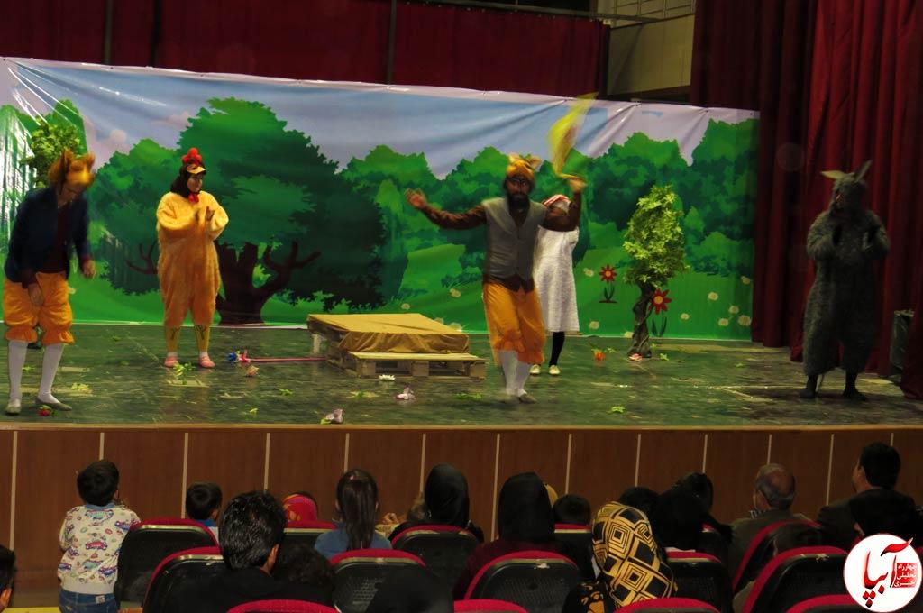 تئاتر-گرگم-و-گله-می-برم-8 گزارش تصویری استقبال تماشاگران از نمایش گرگم و گله می برم