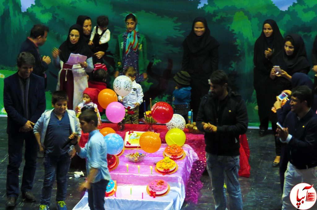 جشن-تئاتر-5 گزارش تصویری استقبال تماشاگران از نمایش گرگم و گله می برم