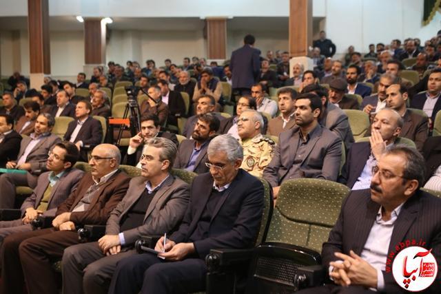 استاندار فارس در کازرون خبر داد: بهرهبرداری از سد نرگسی و مسیر چهار خطه قائمیه در سال ۹۷