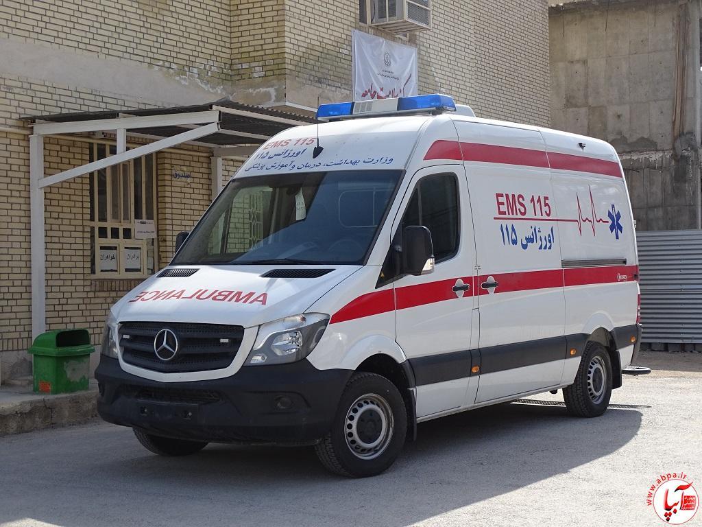 DSC09241 اختصاص یک دستگاه آمبولانس بنز به پایگاه امداد جاده ی احمدآباد-فراشبند/تصویر