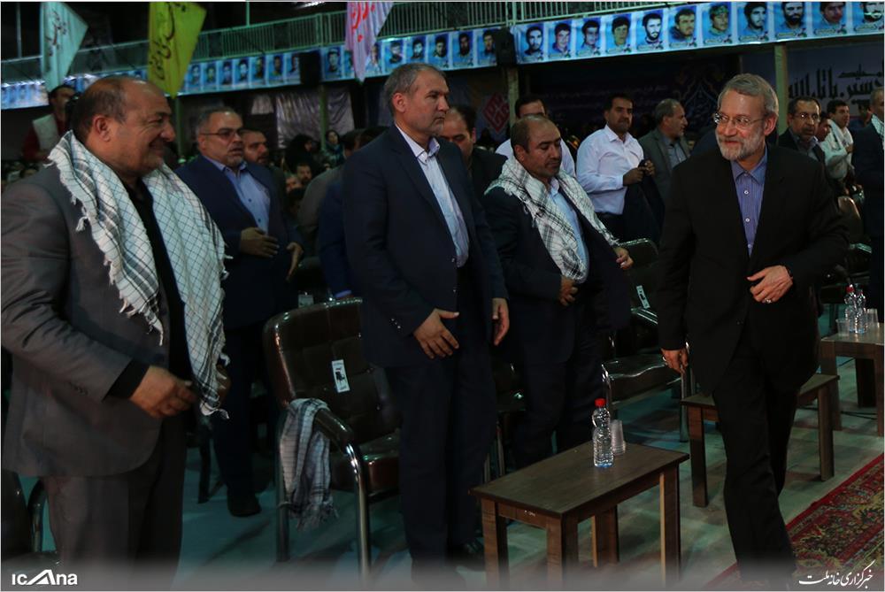 201704104325263394_Orig لاریجانی در فیروزآباد:برخی تبلیغات کاندیداها ممکن است عملیاتی نباشد