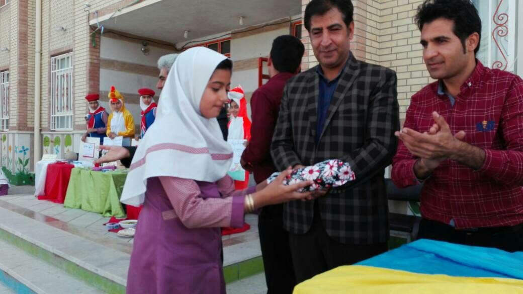 d66319c8-51ad-4579-acf6-710f80676767 هفته ی سلامت در مدارس شهرستان فراشبند