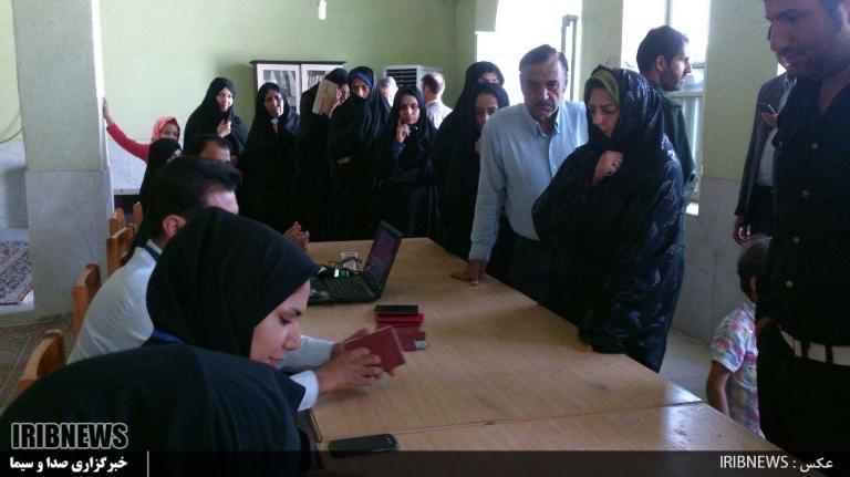 1016720_485 انتخابات ۹۶ : مردم فراشبند پای صندوقهای سرنوشت ساز رای