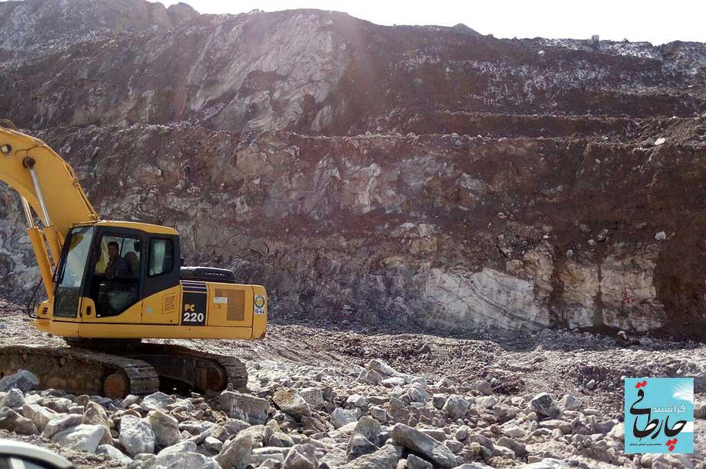 جاده جدید فراشبند – فیروزآباد در چنگال غولِ نمکی