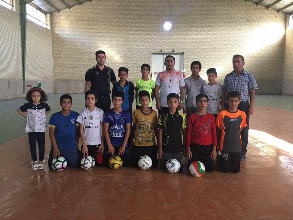 photo_2017-07-25_17-48-39 پایان اردوی تیم منتخب فوتسال استان فارس در فراشبند