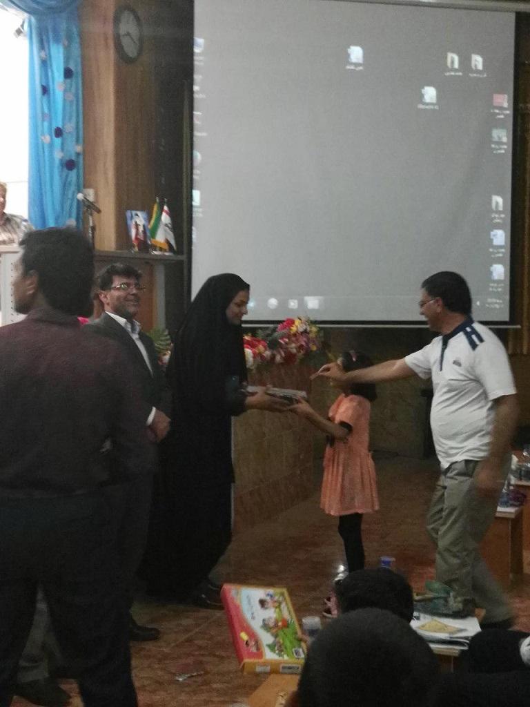 photo_2017-07-27_07-19-07 برگزاری سمینار آموزشی خانواده پایدار در فراشبند