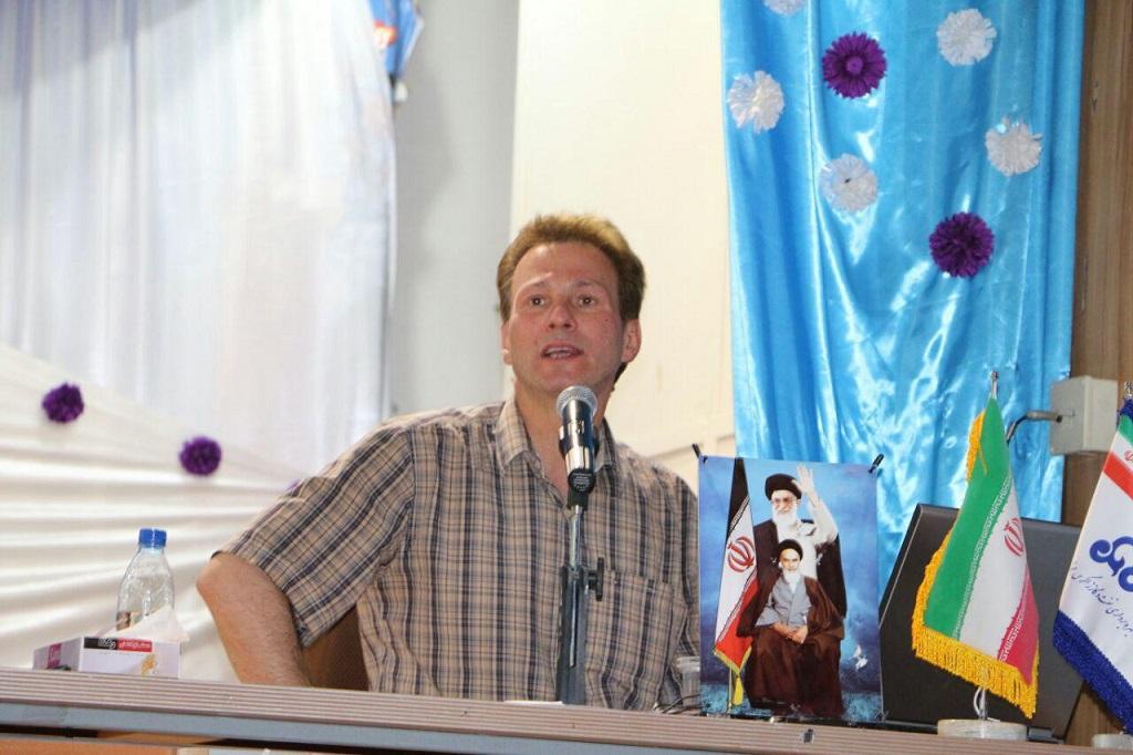 photo_2017-07-27_07-19-26 برگزاری سمینار آموزشی خانواده پایدار در فراشبند