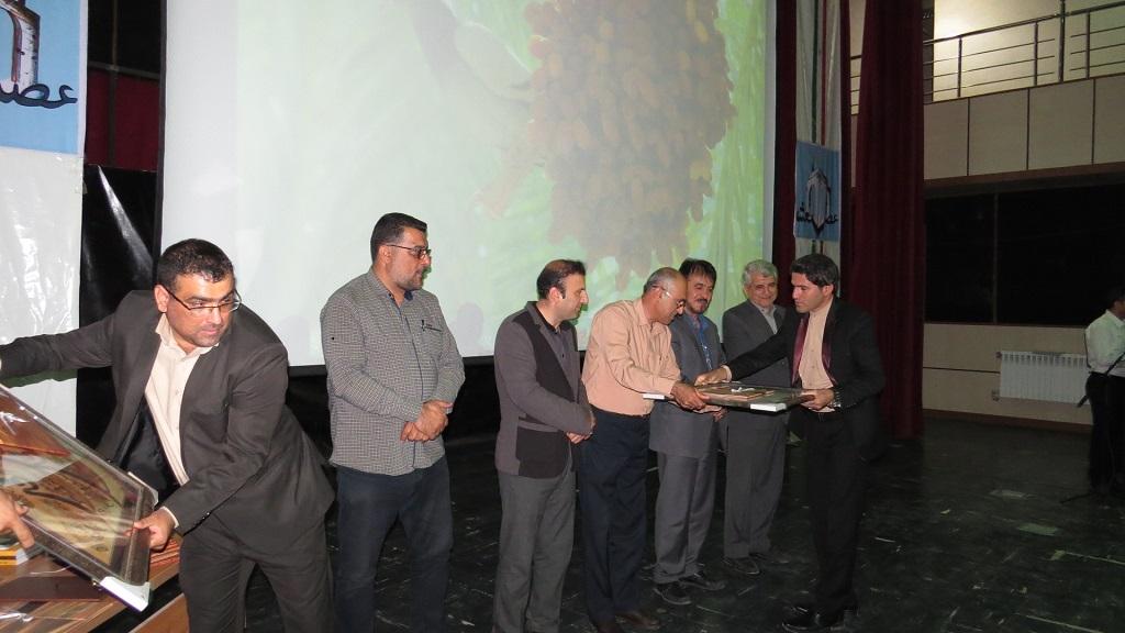 IMG_5202 برگزاری همایش عصر شعر شهرستانهای غرب استان فارس درفراشبند