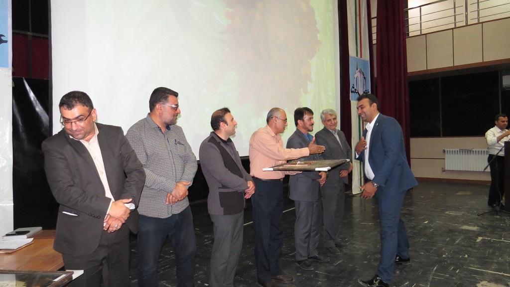 IMG_5219 برگزاری همایش عصر شعر شهرستانهای غرب استان فارس درفراشبند