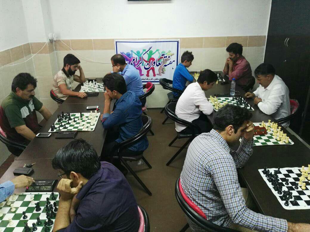 photo_2017-09-07_07-40-34 جام شطرنج تعاونگران فراشبند با قهرمانی چراغی به پایان رسید