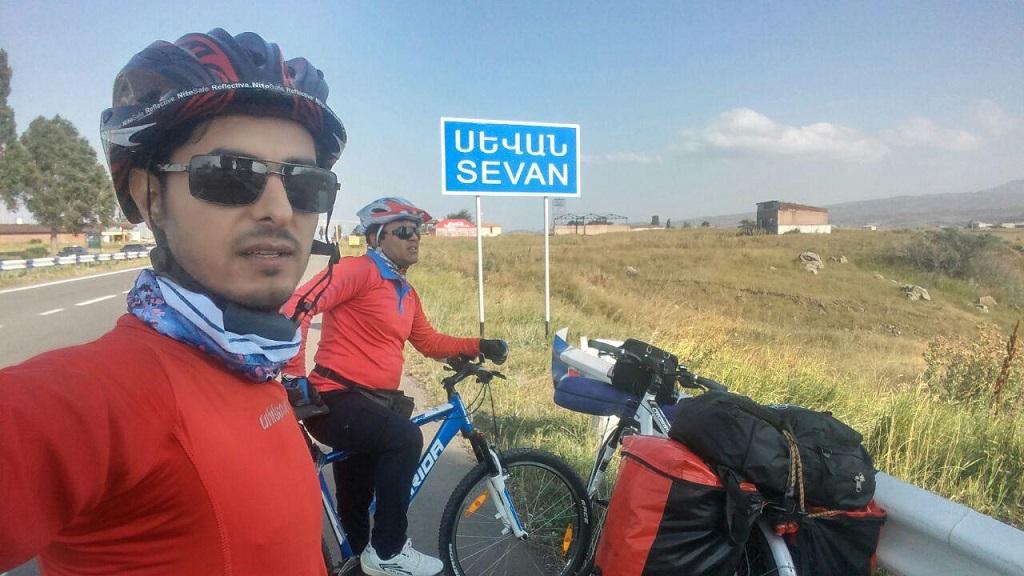 photo_2017-09-11_16-38-13 رکابزنان سفیر مهر فراشبند در ایروان و تفلیس