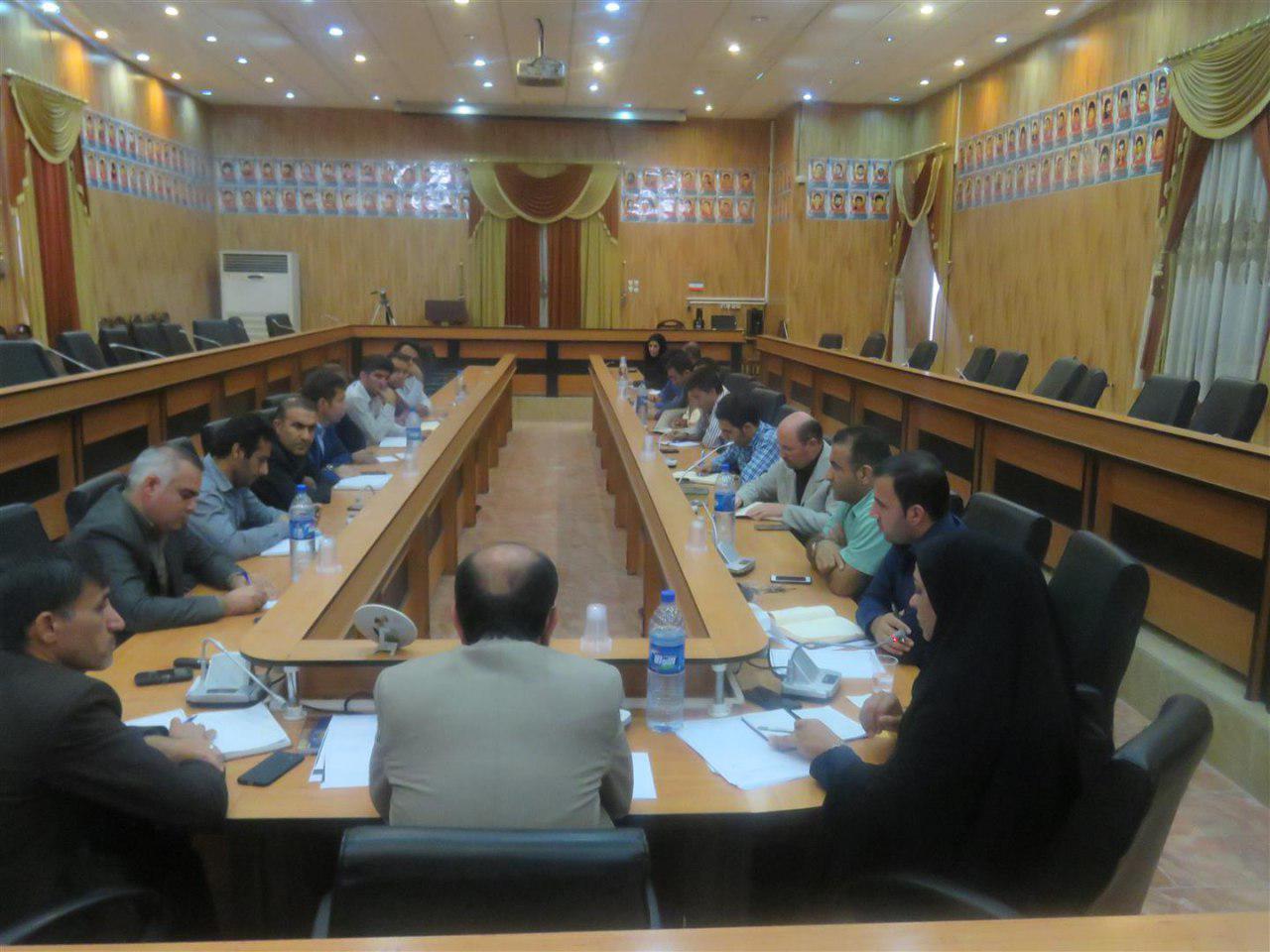photo_2017-11-05_00-36-01 اعطای تسهیلات 4 درصد در قالب مشاغل خانگی در شهرستان فراشبند