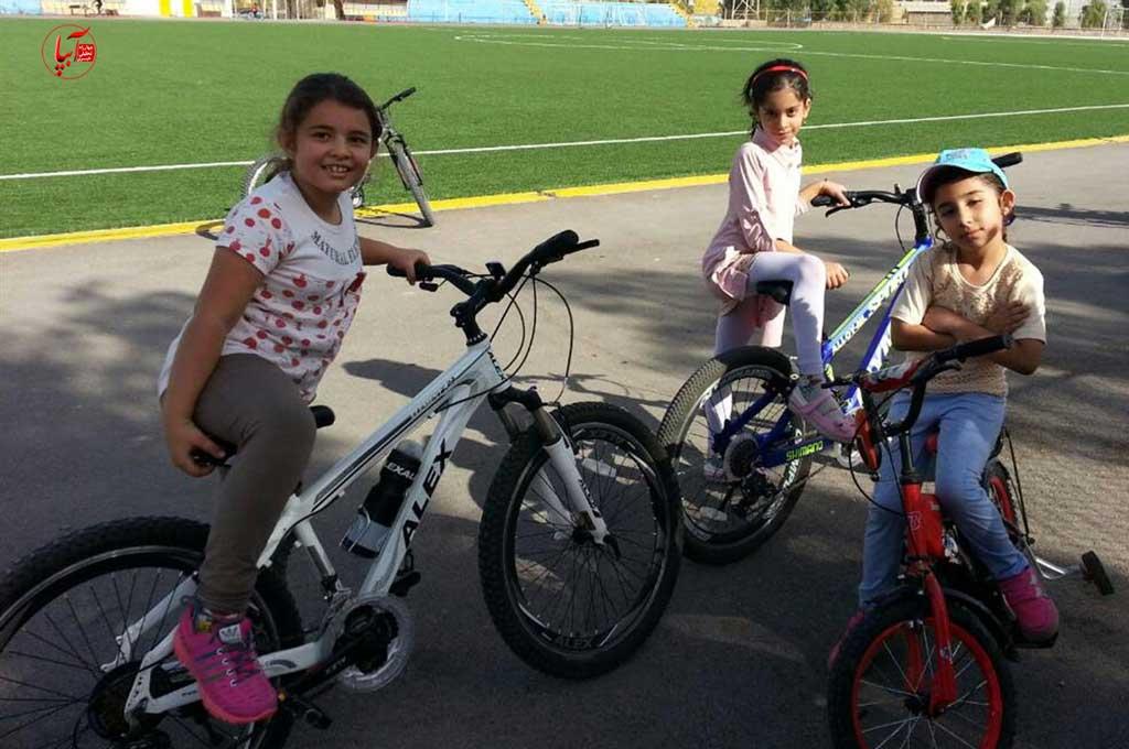 برگزاری اولین جلسه دوچرخه سواری بانوان در مجموعه ورزشی شهید عالیشوندی
