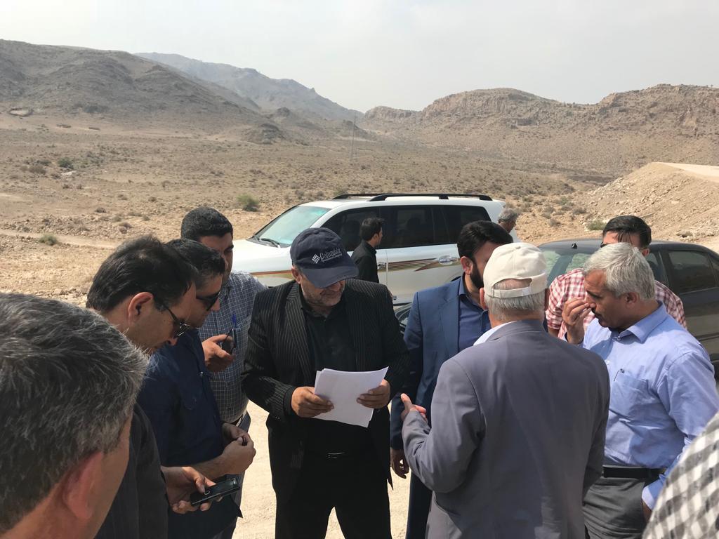 بررسی وضعیت روند اجرای جاده جدید فراشبند فیروزآباد 1 - زیر سازی جاده فراشبند - فیروزآباد بعد از11 سال به پایان رسید