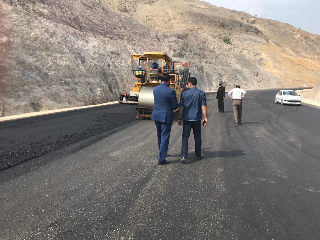 بررسی وضعیت روند اجرای جاده جدید فراشبند فیروزآباد 2 - زیر سازی جاده فراشبند - فیروزآباد بعد از11 سال به پایان رسید